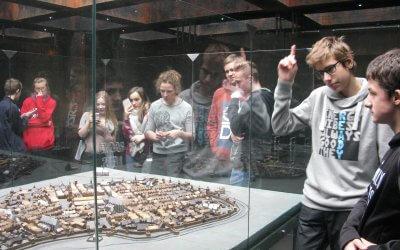 W średniowiecznym mieście- lekcja muzealna